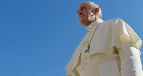 Migrants sidelined for Pope's Rome church visit