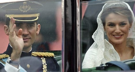Parade plans kill off low-key enthronement
