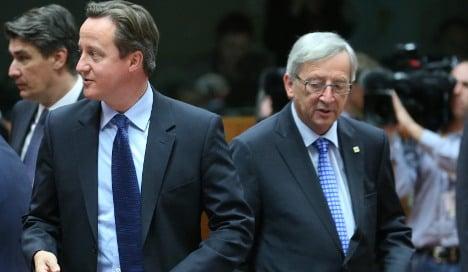 Cameron 'warns Merkel of UK exit from EU'