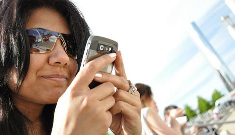Swiss researchers study WhatsApp messages