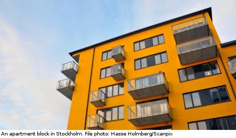 Report: Hard up Swedes tap parents for flat cash