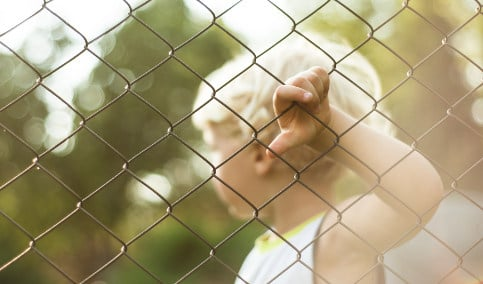 Prisoner's seven-year-old son sues Swedish state
