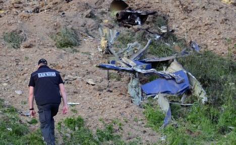 Air force blames dead pilot for crash