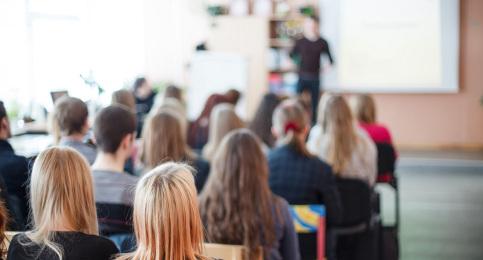 Swedish teachers feel least valued: OECD