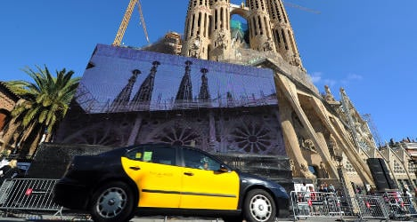 Catalonia to fine drivers using Uber taxi app