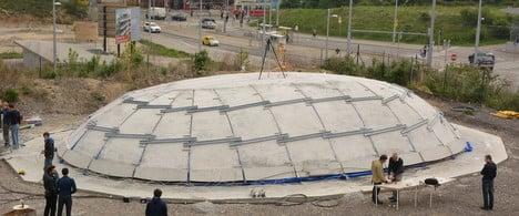 Scientists invent inflatable concrete dome