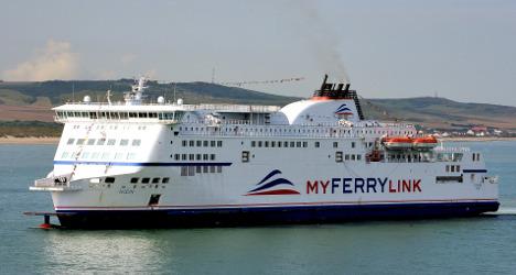 UK bans Eurotunnel's cross-Channel ferry link