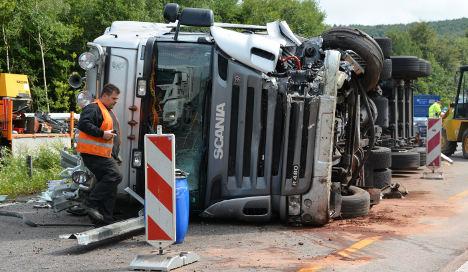 Truck spills 40 tonnes of sweets on motorway