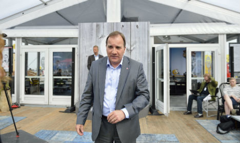 Löfven promises dole payouts shake-up