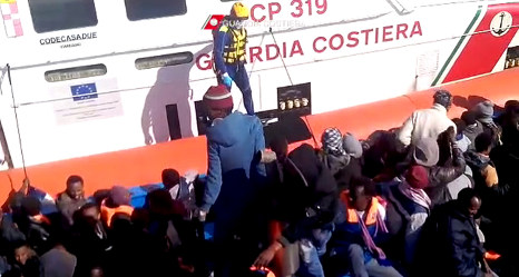 Seven arrested in Italy after migrant boat surge