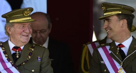 Spain to have two kings: Juan Carlos keeps title