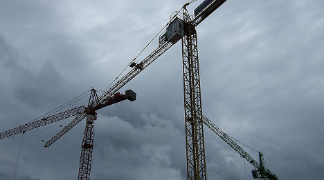 Construction worker dies after crane collapses