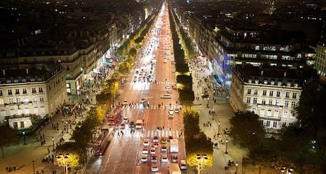 Firm to buy posh Paris hotel to woo Chinese