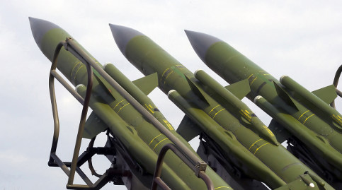 US and Russia reluctant to ditch nukes
