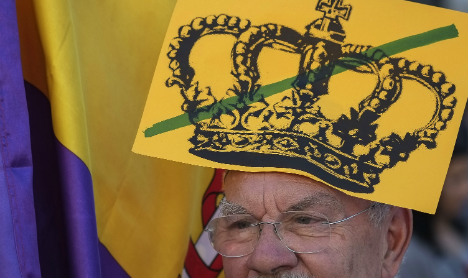 Thousands join anti-royal march in Madrid