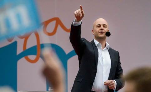 Reinfeldt gives 'best' and 'last' Almedalen speech