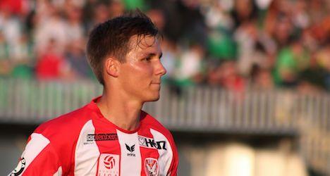FIFA extends bans on Austrian footballers