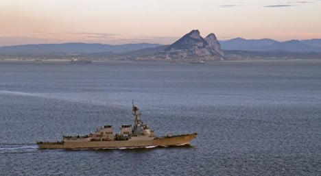 Spanish war ship stirs up Gibraltar tensions