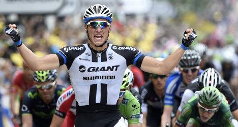 Tour de France stage 3: Kittel wins sprint finish