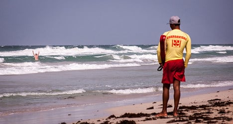 Lifeguards find 'drowned' swimmer at local bar