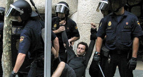 Spain passes watered down 'anti-protest' law