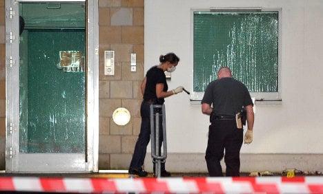 Synagogue attacked, rabbi gets death threats