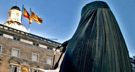 Catalonia to push ahead with burqa ban plans