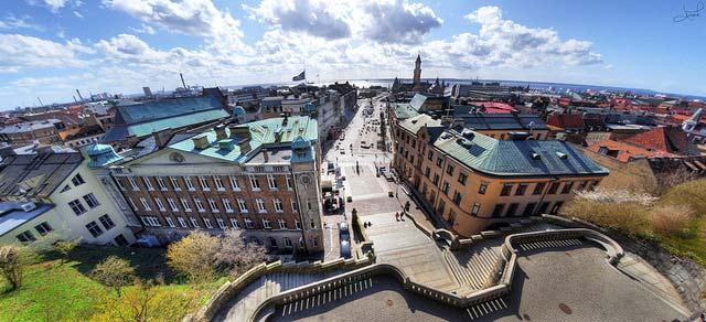 Danes shoot down Helsingborg tunnel