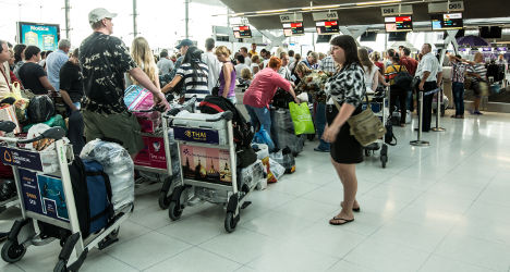 France boosts airport security after US request