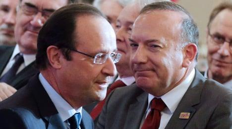 'Disastrous' economy claim riles Hollande