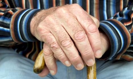 Carer buried elderly man to claim pension
