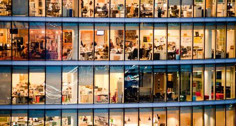 402,000 Spaniards find work in three months