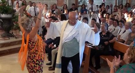Spain's flamenco priest wins new fans for church