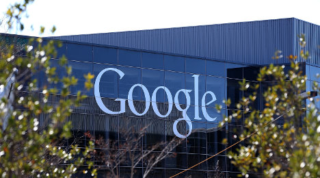 Italy clamps down on Google over data use