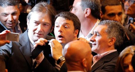 Renzi compares EU to an 'exhausted' selfie