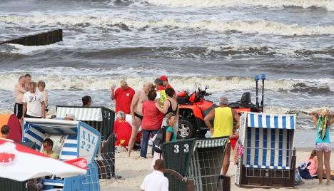 At least 18 swimmers die during heatwave