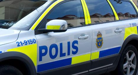 Police chase Örebro shooting suspect