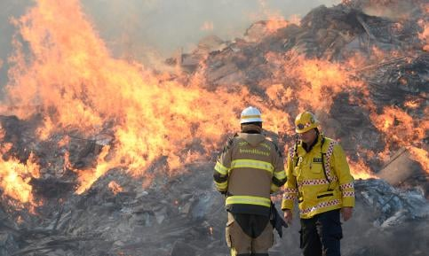 Stockholm arsonist strikes trash mountain