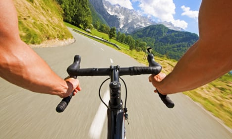 Tour de France: Kristoff wins stage 15