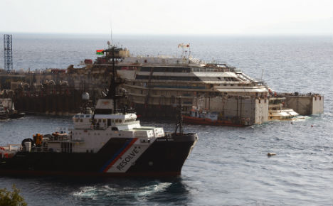 Italy cruise ship wreck set to rise from waves