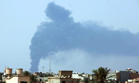 Germany evacuates embassy in Libya