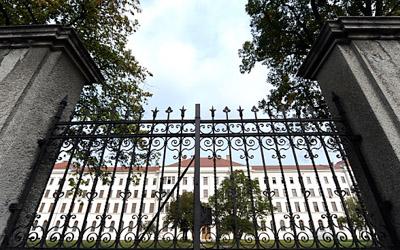 Five states fail to fulfill asylum quota