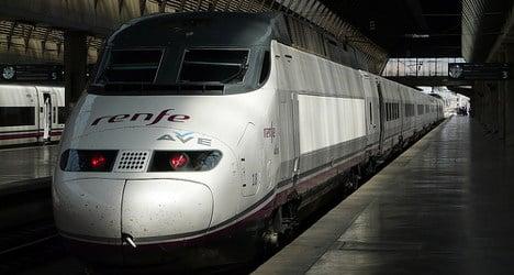 High-speed train 'derails' on Madrid–Alicante line