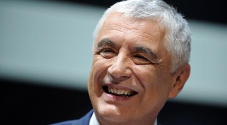 Alitalia boss hails job cuts deal for Etihad move