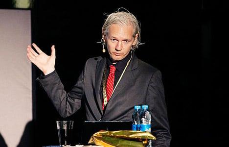 WikiLeaks reports the FBI to Danish police