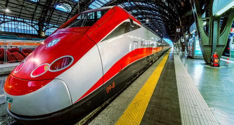 Man found dead on Italian train with €30,000