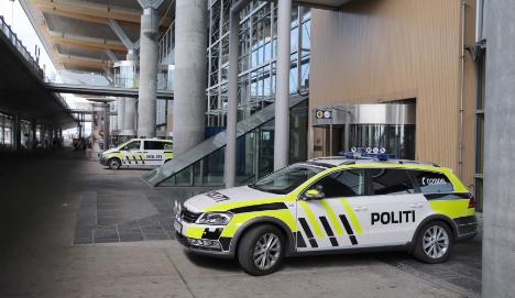 Sweden keeps eye on Norway bomb threat