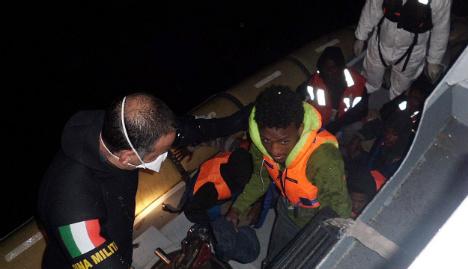 Italian rescuers find 19 dead on migrant boat