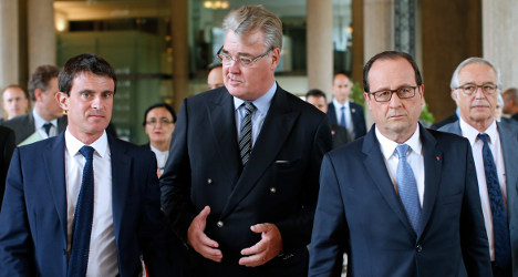 French jobs summit hit as unions walk out