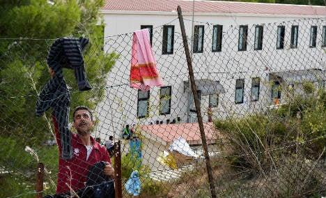 Lampedusa feels strain as new migrants arrive